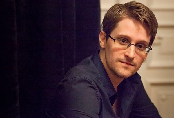 Haven, la app de Edward Snowden que convierte tu viejo móvil en un completo sistema de vigilancia